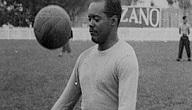 اول من اخترع كرة القدم