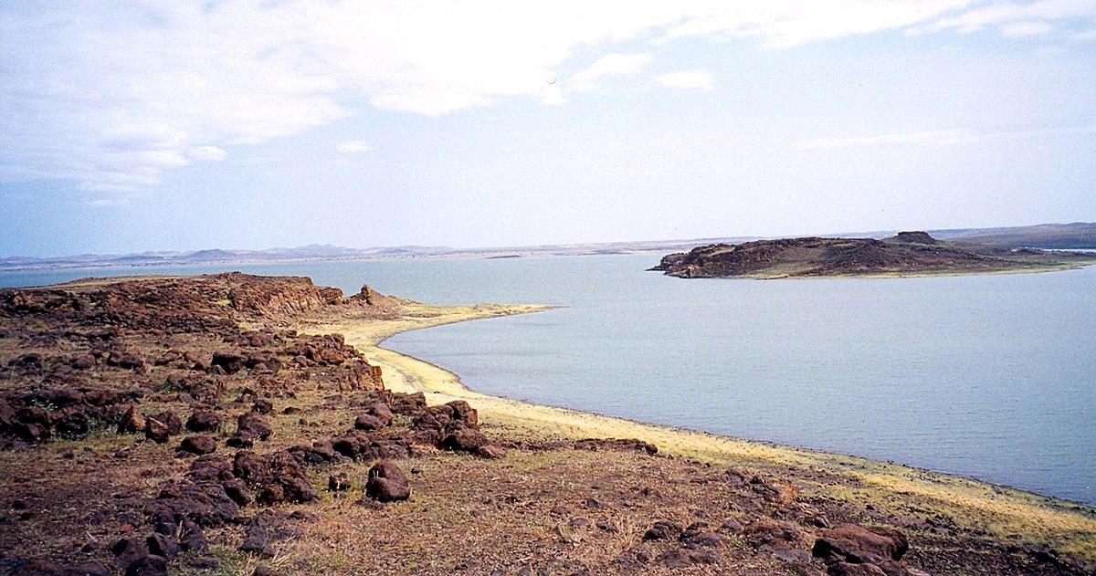 ما اهمية البحيرات الشاطئية