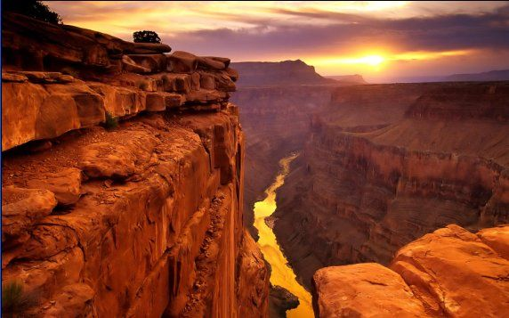 اكبر وادي في امريكا