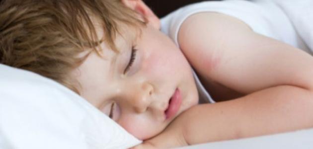 اسباب تعرق اليدين والقدمين عند الاطفال