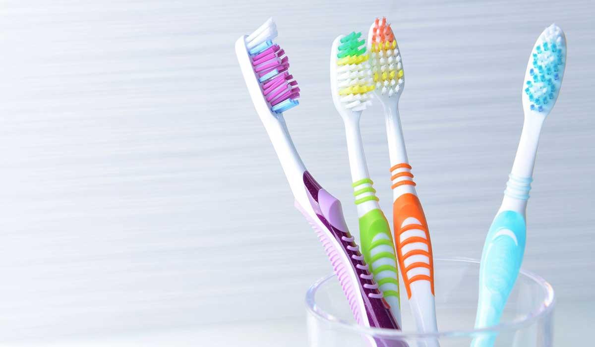 بحث عن فرشاة الاسنان