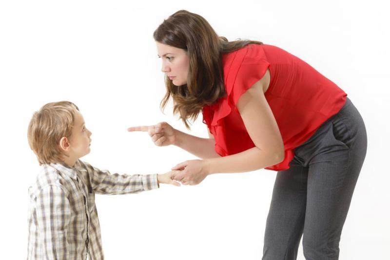 كيف اعاقب طفلي