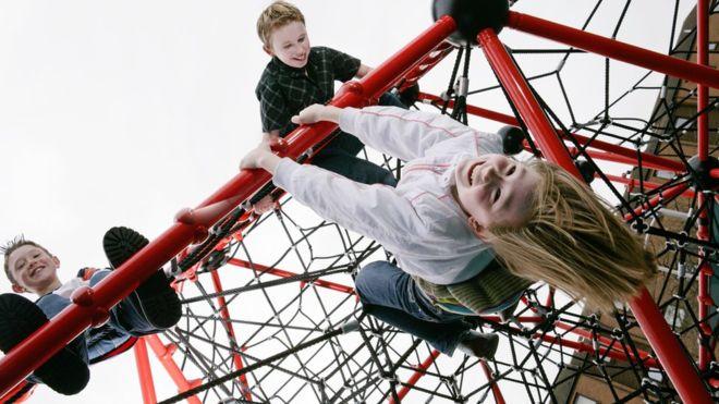 اعراض فيروس كورونا عند الاطفال