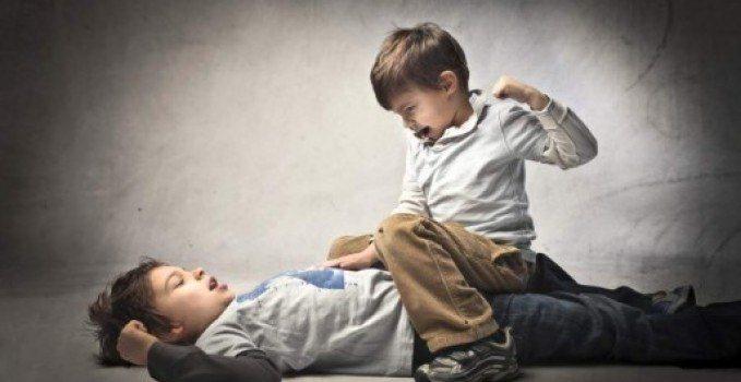 مشاكل المراهقين السلوكية