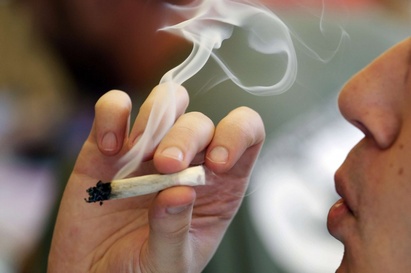 اضرار التدخين بالانجليزي والعربي