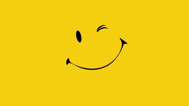 حكم بالانجليزي عن الابتسامة