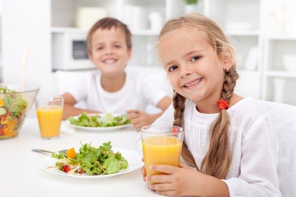 أهمية الغذاء الصحي للأطفال مفهرس