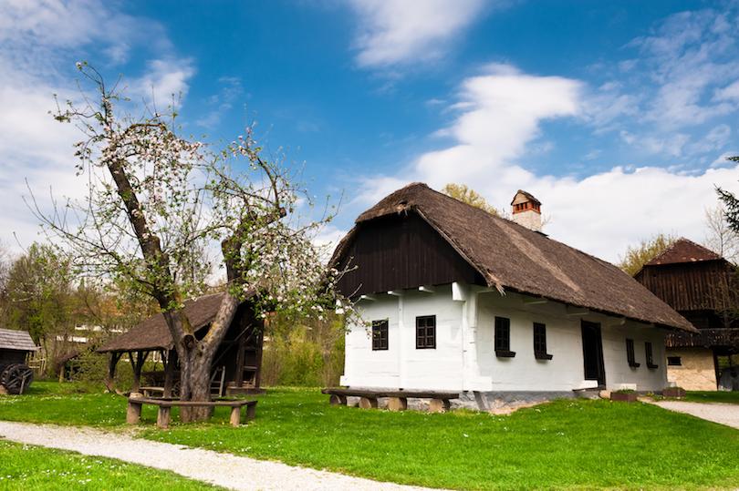 اجمل المدن في كرواتيا %D8%A7%D9%84%D8%B3%D9%8A%D8%A7%D8%AD%D8%A9-%D9%81%D9%8A-%D9%82%D8%B1%D9%8A%D8%A9-%D9%83%D9%88%D9%85%D8%B1%D9%88%D9%81%D9%8A%D9%83