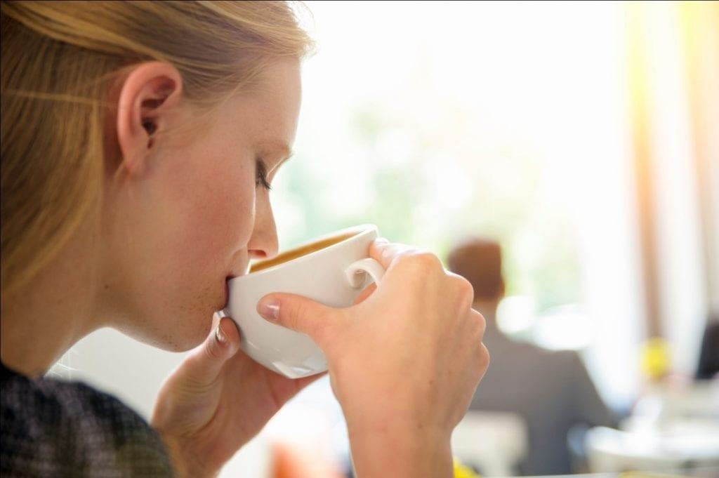فوائد شرب الكاكاو باللبن للحامل