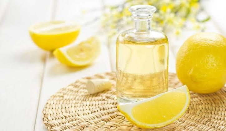 فوائد زيت الليمون لتبييض