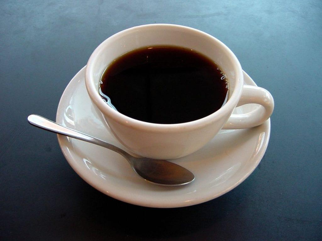 طريقة عمل القهوة الأمريكية بدون ألة