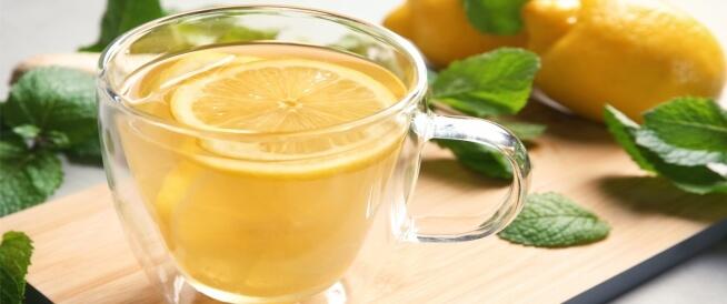 فوائد الليمون الساخن مع النعناع