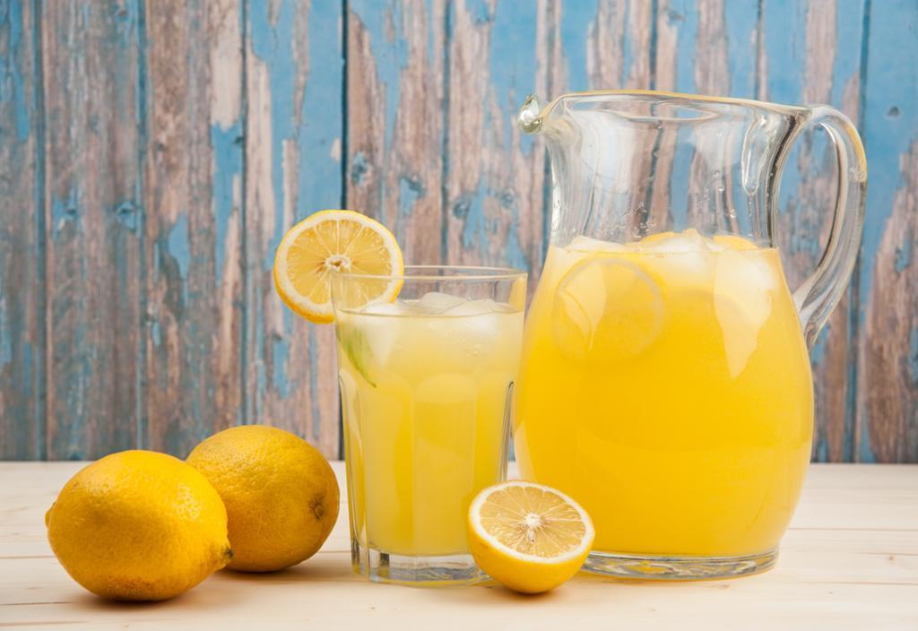 أيهما أفضل للبرد الليمون الساخن أم البارد