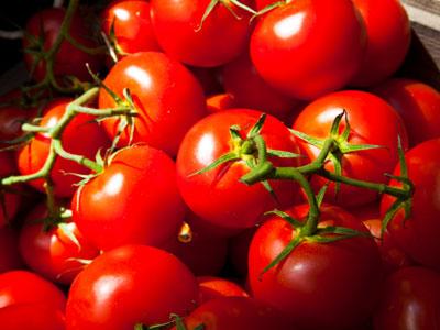 فوائد عصير الطماطم بالعسل