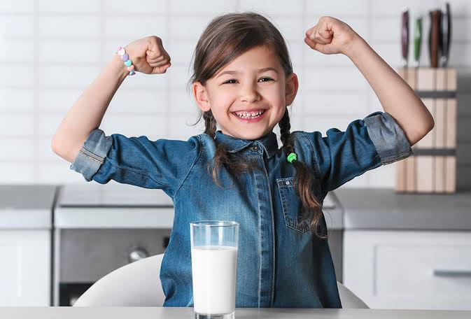 مفهوم الحليب ومشتقاته للاطفال